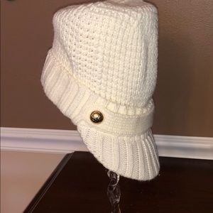 Michael Kors cable knit hat with brim